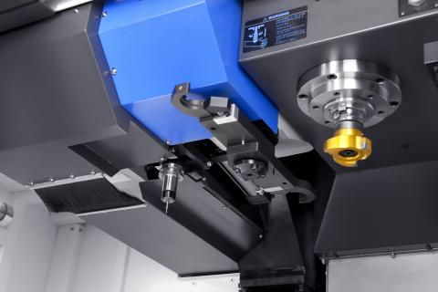 VESTA-1050B - Gear spindle and box guide ways in all axis